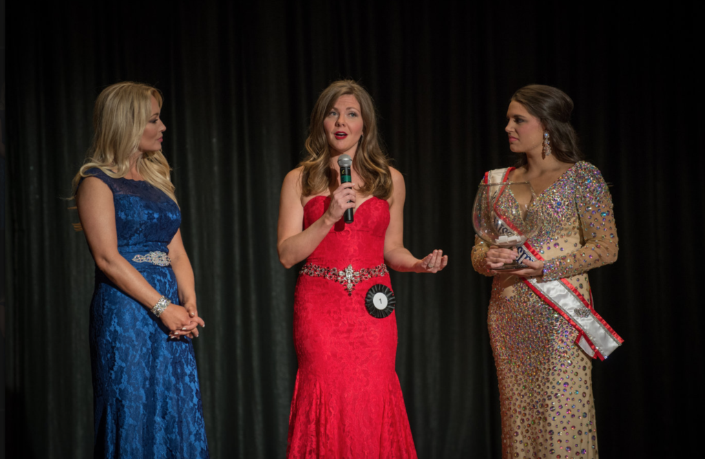 Jaimee Dorris Onstage Question - Mrs. Mississippi America Beauty Pageant 2016
